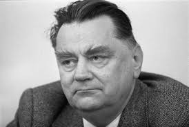 It was the first government elected after fully free elections to the sejm. Nie Zyje Jan Olszewski Premier W Latach 1991 1992 Dzieje Pl Historia Polski
