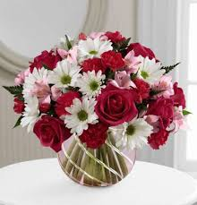 ftd perfect blooms bouquet of daisies and pink roses in pink bowl small