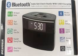 sylvania scr1986bt as auto set bluetooth alarm clock radio with dual alarm usb