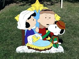 peanuts yard decorations hp nativity lawn art snoopy charlie brown wooden p