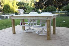 Simple Patio Table Let S Just Build A House Diy Simple Patio