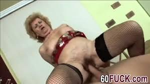 Granny rideing big cock