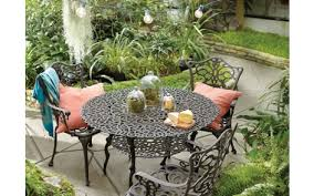 best paint for outdoor furnitureGarden Table and Chairs Project Outdoor Spray Paint Projects