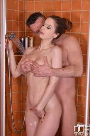 Bathroom penetration porn video