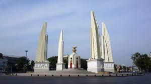 ไฟล์:อนุสาวรีย์ประชาธิปไตย Democracy Monument.jpg - วิกิพีเดีย