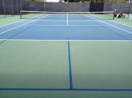 pickleball court size can pickleball be played on a tennis court