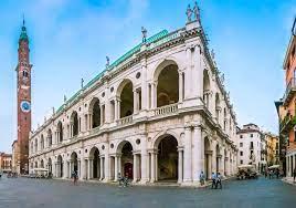 Distillati & distillerie: scoprire le 5 migliori grapperie di Vicenza e  provincia - Lonely Planet