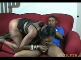 Black mom fucked to