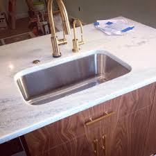 Touch Technology Kitchen Faucet The Faucet Is Deltas Trinsic In Champagne Bronze We Chose It
