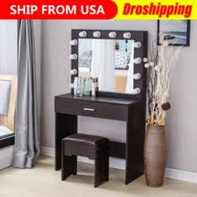 <b>dressing table</b> for makeup