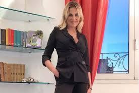 Simona Ventura ospite a Verissimo: chi è? Carriera, matrimonio