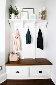 Built-In Mudroom Bench, Shelf, and Coat Hooks | Beautiful Home Decor ...