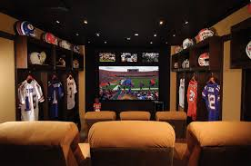 sports office decor. Football-Themed Home Theaters: Gators Sports Office Decor L