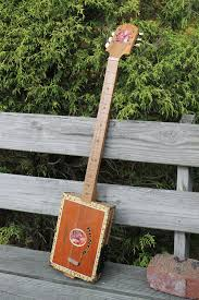 picture of awesome cigar box dulcimer