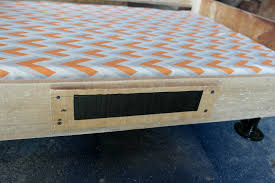 How To Make An Elevated Dog Bed Also Platform Interallecom