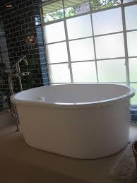 6 Foot Bathtub With Jets • Bath Tub