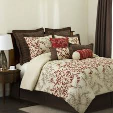 red bedspreads