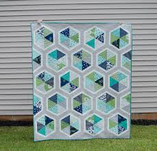 Hyacinth Quilt Designs: Triangle Hexies Quilt | Quilts | Pinterest ... & Hyacinth Quilt Designs: Triangle Hexies Quilt Adamdwight.com