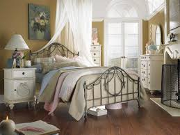 Retro Style Bedroom Retro Two Cabinet Nightstand Table French Country Bedroom Chic