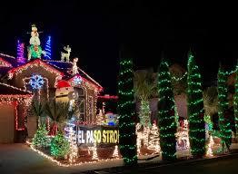 Christmas Light Show At Walmart Family Dedicates Christmas Display To El Paso Walmart