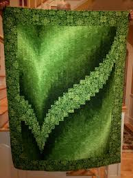 BARGELLO QUILT............PC..............second Two Fabric ... & second Two Fabric Bargello, sample for class at Quilts Bayou … Adamdwight.com