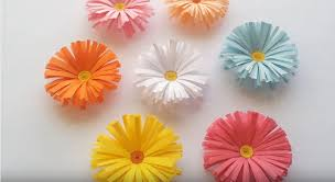 Daisy Paper Flower Simple Paper Daisy Flowers Tutorial Craftsonfire