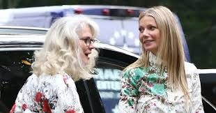 Gwyneth Paltrow And Blythe Danner Wear The Matching Outfits Of Our.