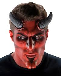 big devil horns