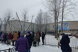 После пермской резни в школах Мурманской области установлен  После пермской резни в школах Мурманской области установлен контрольно пропускной режим