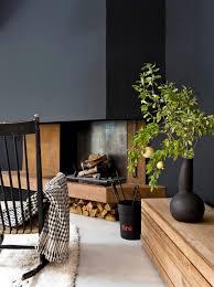 idées déco pour un salon contemporain de lle moyenne et ouvert avec un mur noir