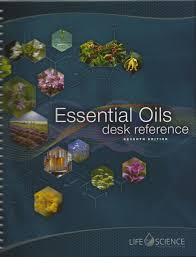 essential oils desk reference 7th edition life science publishing 9780996636490 com books
