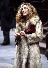 here are some styling tips and tricks you should keepn in mind while wearing these trendy faux fur pieces