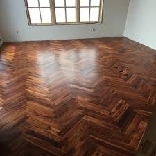 Herringbone hardwood floors Chevron Afundesigncom Herringbone Hardwood Floor Cost Gurus Floor