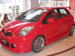 Toyota Yaris red gallery. MoiBibiki #3