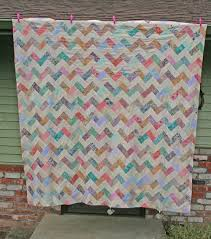 Zig-Zag quilt | Seams to be you and me & zig zag quilt Adamdwight.com
