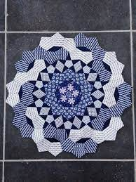 Pin by Sondra Vincent on Quilting | English paper piecing quilts, Hexagon  quilt, English paper piecing