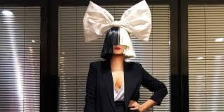 Sia выпустила новый трек и коллекцию обуви c брендом <b>Repetto</b> ...