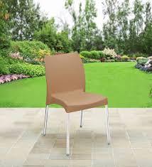 novella series 07 plastic chair in