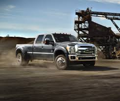 2015 Ford Super Duty F-450 Boasts 31,200 Pounds Towing Capacity ...