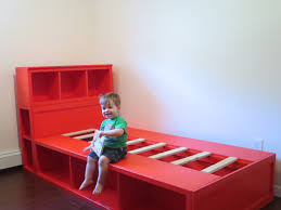 Diy Toddler Bed Best 25 Diy Storage Bed Ideas On Pinterest Beds For Small Rooms