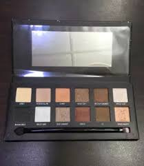 Spaced Online W7 Spaced Out Eyeshadow Palette
