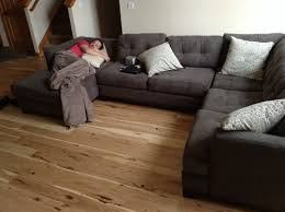 what color rug to go with my gray couch