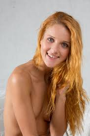 Shaved Totally Shaved Redhead Babe Roberta Berti with Beautiful.