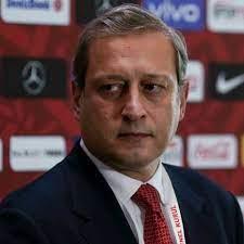 Burak Elmas: Kimse Galatasaray üzerinden racon kesmeye çalışmasın -  18.08.2021, Sputnik Türkiye