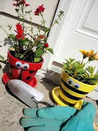 painting clay pots painted pot critters plant ideas