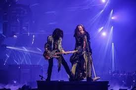 Aerosmiths Deuces Are Wild Vegas Residency Scores 1 On