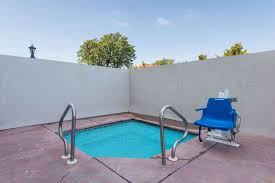 pool wyndham garden hotel downtown wichita