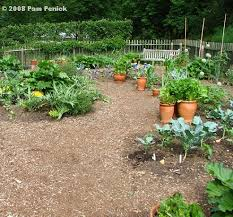 Small Picture Garden Designers Roundtable Vegetable Garden Design DiggingDigging