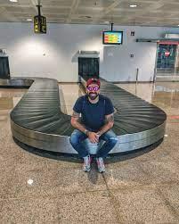 Gianluca Gazzoli - Appena atterrato a Barcellona. Sul mio profilo Instagram  @gianlucagazzoli potete scoprire le mie ultime folli 24 ore ma adesso  eccomi qui, destinazione #PrimaveraSound !!! Felice di essere qui per