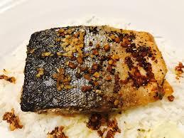 Crispy Pan Seared Salmon Fillets Recipe ...